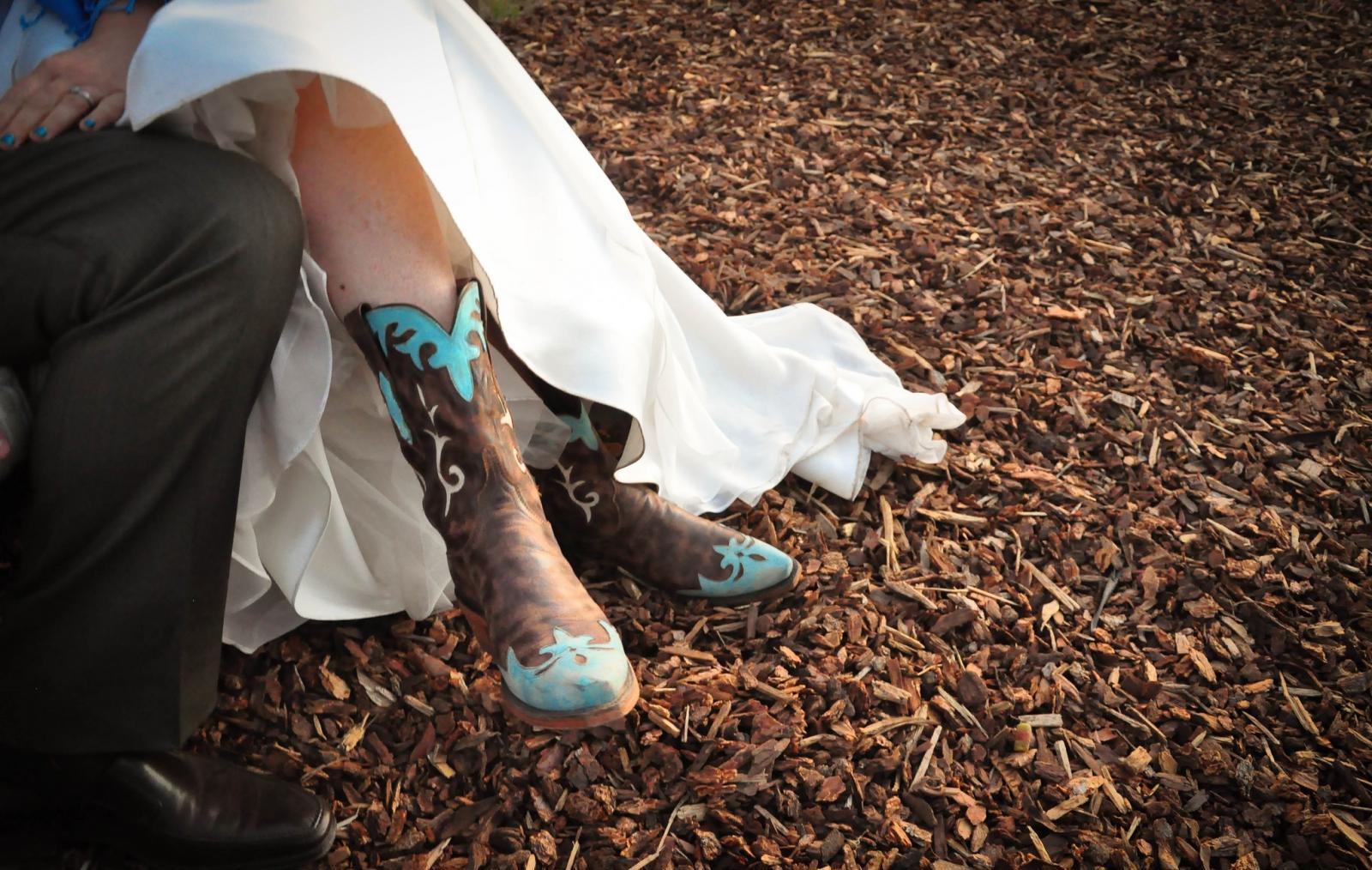 Невеста в сапожках