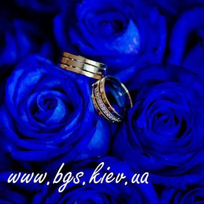 Обручальное кольцо с бриллиантом – лучший выбор